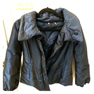 Stunning blue Elie Tahari winter coat size S EUC